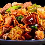 Yakisoba carne - serve 2 pessoas