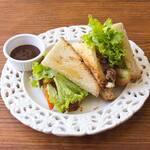Sanduíche de Carne de Panela