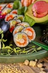Uramaki futomaki (10 peças) alga por fora