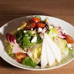 Salada de pera com gorgonzola itália