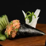 Nº 50 temaki salmão