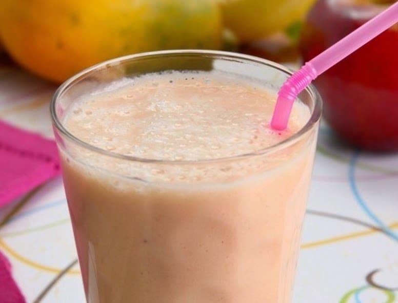Vitamina Frutas com Leite