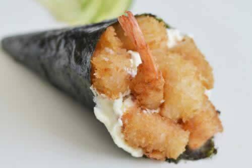 Temaki de camarão empanado
