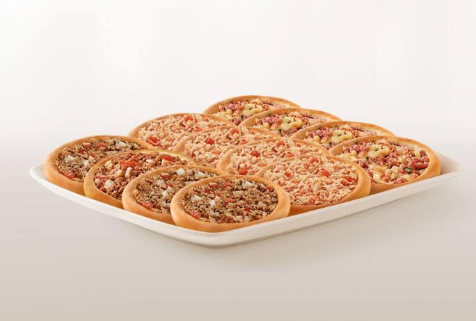 Promoção compre 10 leve 12 esfihas (Carne/ Calabresa com Mussarela ou Frango)