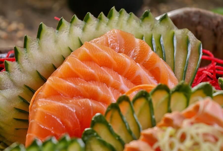 Sashimi de salmão (8 peças)