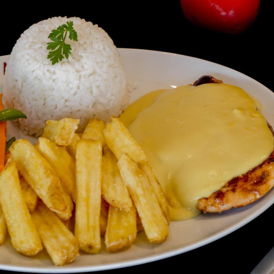 FIlé de frango ao molho honey & mustard