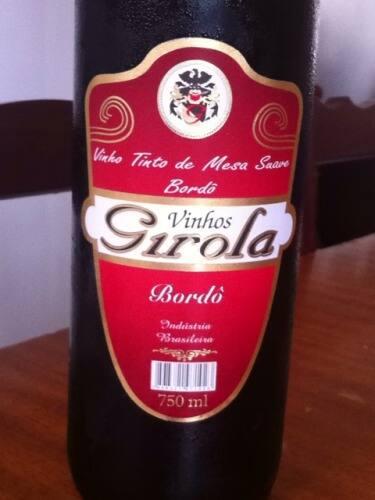 Vinho tinto suave bordô Girola 750 ml