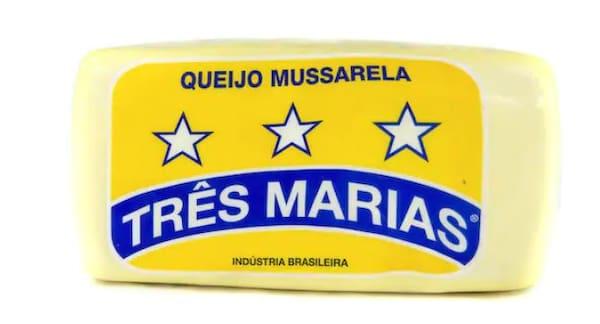 Mussarela  em Barra (4kg a peça)   (Rondonia Ouro Preto) Três Marias    Caixa com 25.5 Kg