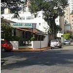 Logotipo Restaurante Quase Nada