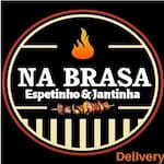 Logotipo Na Brasa - Espetinho & Jantinha