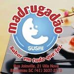 Logotipo Madrugadao Sushi e Pasteis